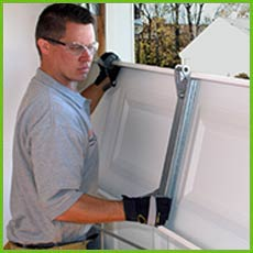 Garage Door Shop Repairs Tacoma, WA 253-292-9655